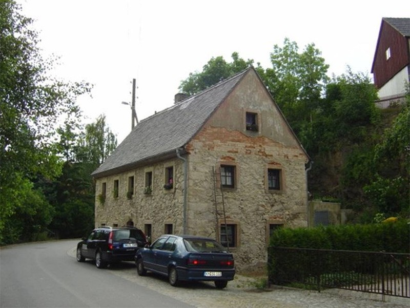 Privatbauherr in 01477 Wallroda