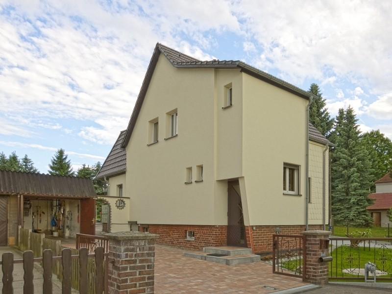 Außenfassade Fira in 09127 Chemnitz