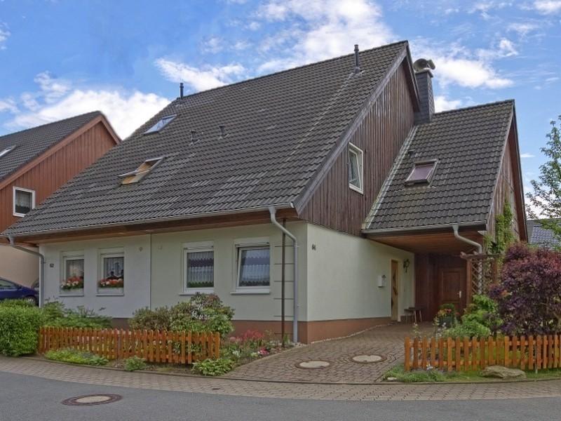 Außenfassade Fira in 09128 Chemnitz