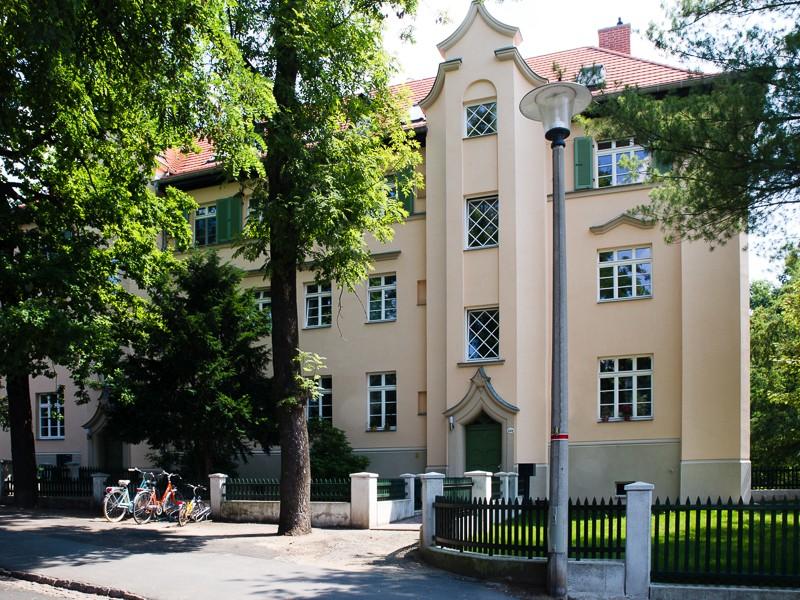 Wohnanlage Arno-Holz-Allee 24 a-b  Dresden