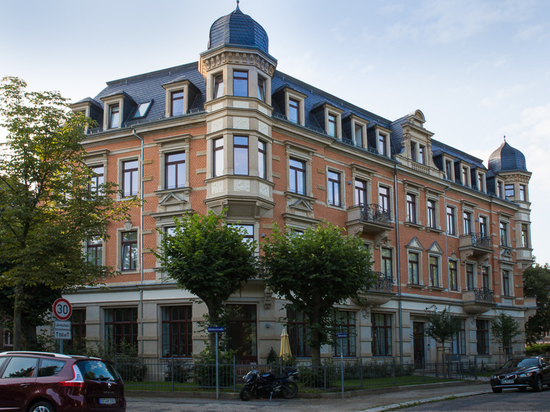 Wohnanlage Barbarossaplatz 1  Dresden