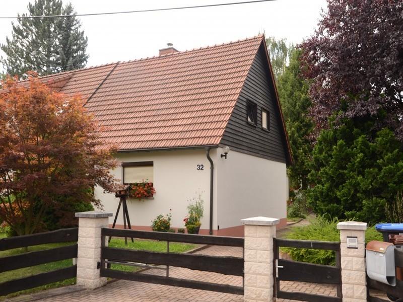 Hausfassade Fira in 09123 Chemnitz