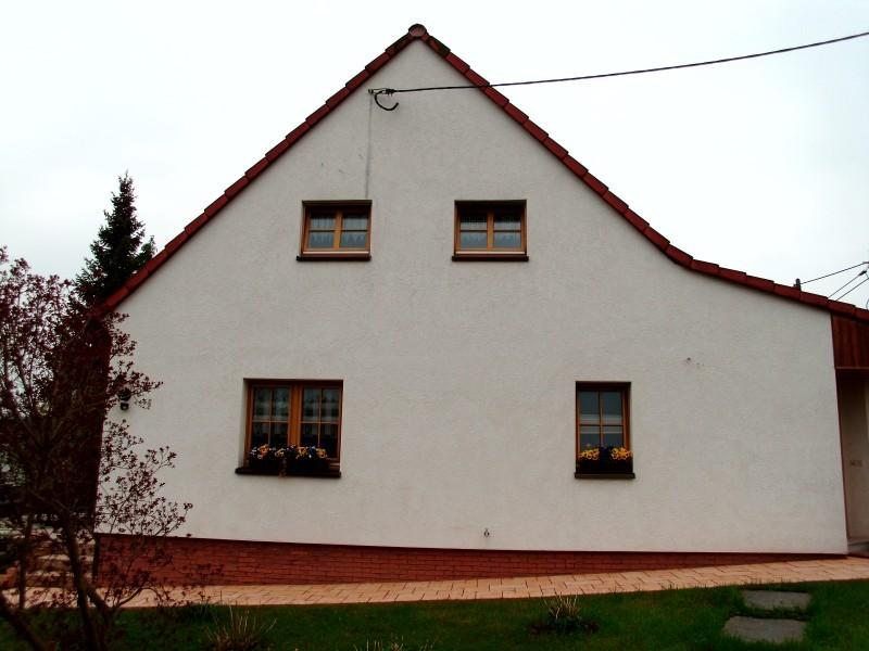 Fassadenanstrich in 09221 Neukirchen
