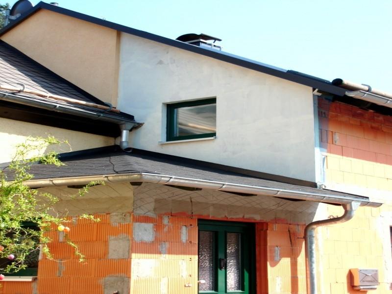 Hausfassade Fira in 09125 Chemnitz