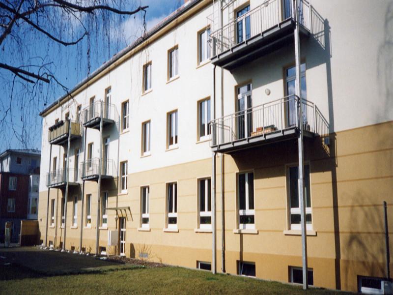 Wohnanlage Hofmannstraße 6-8, Dresden,  1 Postfiliale, 2 Gewerbeeinheiten,  17 Wohneinheiten
