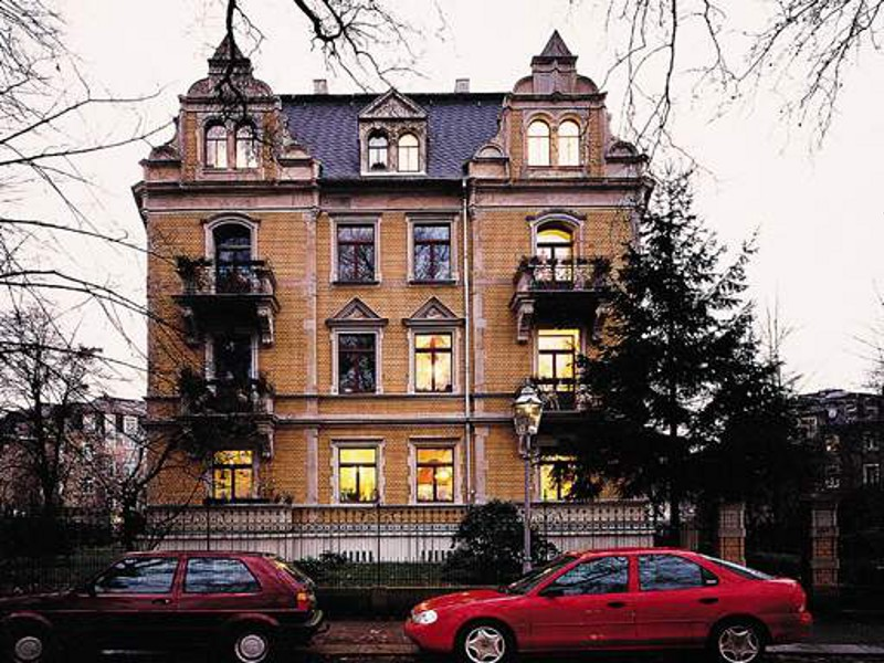 Wohnanlage Barbarossaplatz 3, Dresden,  8 Wohneinheiten