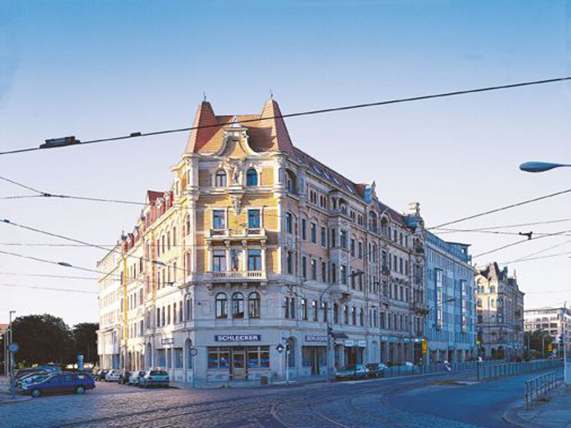 Wohn- und Geschäftshaus Könneritzstraße 11, Dresden,  7 Gewerbe- und 7 Wohneinheiten,  1 Wohnheim