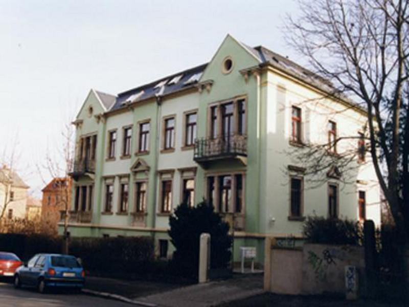 Mehrfamilienwohnhaus  Bernhardstraße 93, Dresden,  6 Wohneinheiten