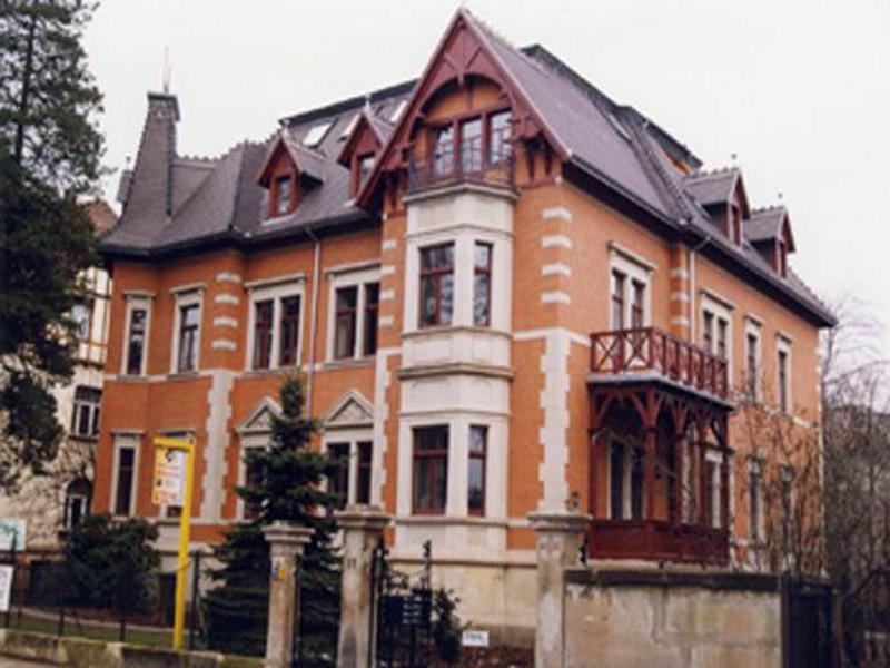 Sanierung  Villa Goetheallee 11, Dresden,  7 Wohneinheiten