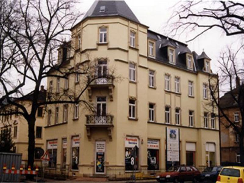 Wohn- und Geschäftshaus  Lauensteiner Str. 9b,  Dresden,  1 Gewerbe- und 7 Wohneinheiten