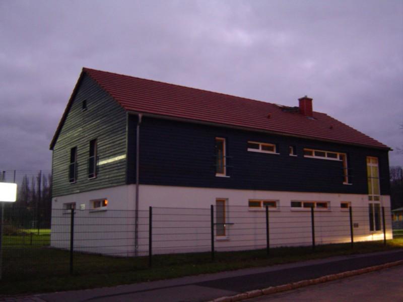 Neubau Funktionsgebäude zur Sportanlage  Hebbelstraße 23, Dresden